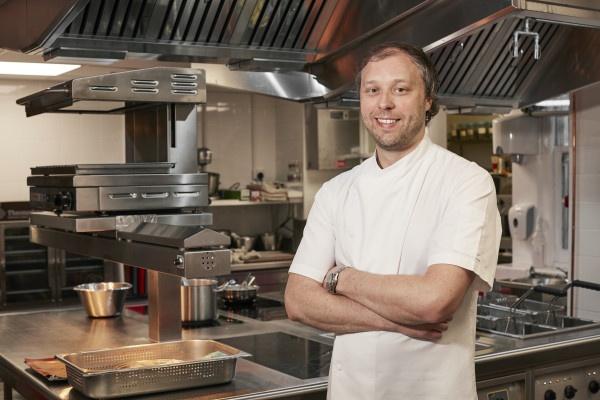 GBR_Chef Nigel Mendham600x400